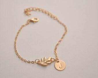 personalized initial leaf bracelet hand stamped bracelet dainty delicate gold monogram bracelet bridesmaid bracelet