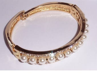 Gold plated bangle faux pearl and rhinestones bracelet