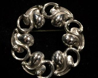 Beau Sterling Silver Art Nouveau Leaves Circle Brooch