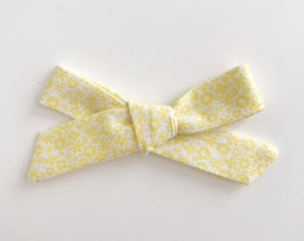 Dainty Yellow, Hand Tied Bow