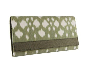 Green and White Ikat Clutch with Organizer Dividers and Zippered Change Pocket.