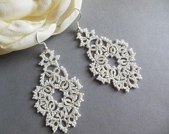 Wedding earrings, white lace earrings, beaded tatted jewelry, filigree tatting jewelry, chandelier earrings