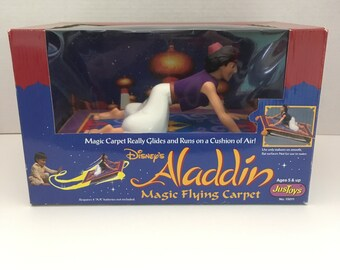 Vintage Aladdin Magic Carpet {Disney Just toys Magic Flying Carpet Really Hovers and Flies} Aladdin A Whole New World No. 15011