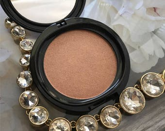 IMMORTALITY Rose Gold Highlighter