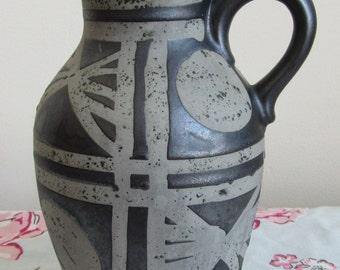 CARSTENS Ankara jug Fat Lava West german Pottery Austria 1518-23 9inches 23cms