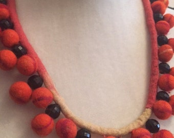 100% Natural, handmade beaded felt necklace / Gift boxed / Perfect Gift / Orange necklace / Unique