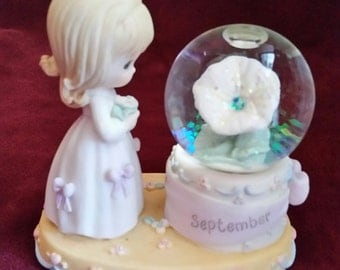 Precious Moments September Snow Globe and Figurine/Birthday Month Snow Globe and Figurine/Precious Moments Birthday Month/Birthday Month