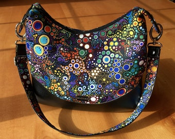 Robert Kaufman Effervescence Shoulder Bag/Hobo Bag with Top Zip Closure, Interior Zip & Slip Pockets, Black and Multicolor