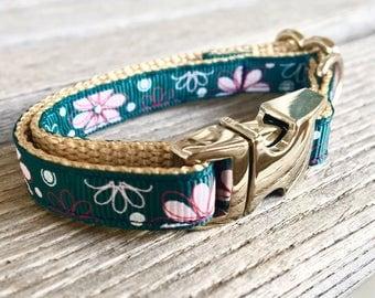 "Flowers on Cyan Teacup Collar, Floral 3/8"" Dog Collar, Teacup Dog Collar Green Blue, Floral Teacup Collar Girl"