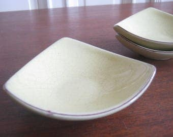 3 ceramic bowls from the 50th