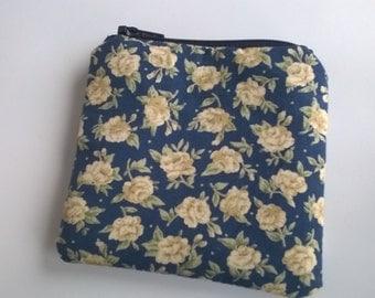 Blue vintage floral coin purse