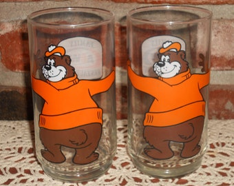Vintage Root Beer Glasses - BEAR Drinking Glasses - 1970's - Set of Two Glasses - A & W Restaurant - Collectible Hugging Bear Glass