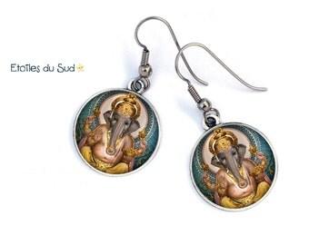 Boucles d'oreilles  Ganesh, bijoux asiatiques, métal argenté/ cabochon résine/ ref.26