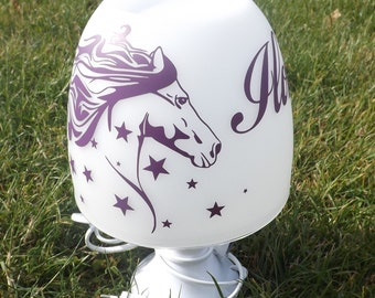 Pattern with stars and first name horse lamp