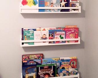Reclaimed Pallet Wood Children's Bookshelf