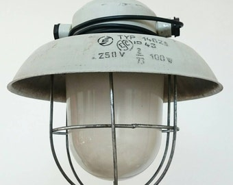 Vintage,metal light,bauhaus light,industrial light,