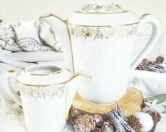 Teapot and milk pot