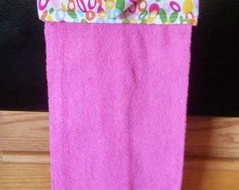 Hanging Hand towel, Pink Towel, Circles Topper, Oven Door Towel, Sewn towel Topper, Kitchen Towel, handmade, home decor, summer, pink
