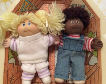 Vintage Coleco Cabbage Patch Dolls Clubhouse ~ Mini Cabbage Patch Dolls