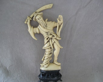 Vintage  Resin Oriental Figurines made in Hong Kong  free shipping in u s a