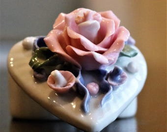 Heart Shaped Trinket Box, Capodimonte Style Flowers, Jewelry Box, Gift Box, Pink Roses, Ring Box, Sweetheart Gift
