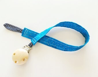 Gender Neutral Blue & Gold Dummy Clip