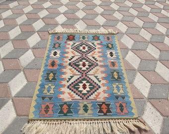 Teppichgrößen pastell kilim teppich etsy