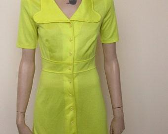 Bright Yellow Vintage Shirt Dress - size 6-8