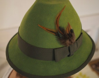 Traditional Hat Green