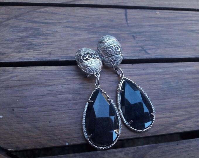 "Earrings ""Jade Drops"""