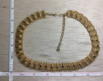 """Vintage 16""""-19"""" Trifari Gold Toned Necklace Gently Used Lot H"""