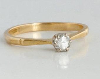 Vintage 14 k gold solitaire ring Carat brilliant cut diamonds 0.14