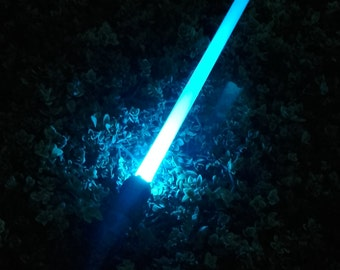 Fallen Jedi Lightsaber - With Sound & HD Detailing - Saber