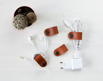 Leather cable organizers, set of 4 wire organizer, earphone winder
