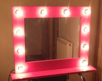 items similar to hollywood classic lighted make up vanity table top mirror large white. Black Bedroom Furniture Sets. Home Design Ideas