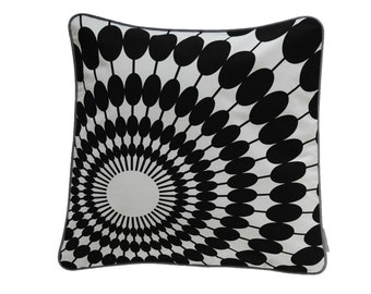 Pillow cover SUNNYDAY, white/black, 50 x 50 cm (without filling)