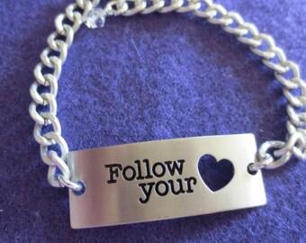 Follow Your Heart Bar Bracelet