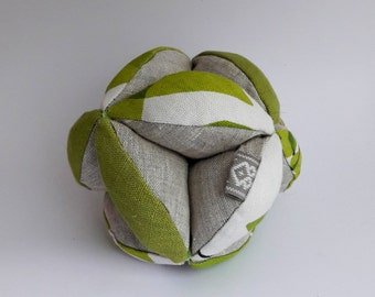 Montessori baby ball - Baby Clutch Ball - Toddler Learning Toy - Montessori baby toy - Puzzle ball - Fabric ball - Handmade- Linen ball