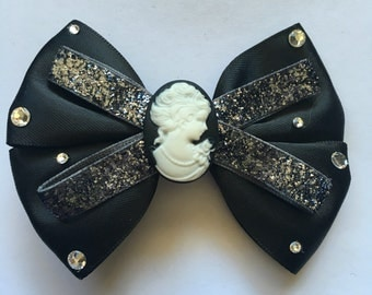 Cameo hairbow