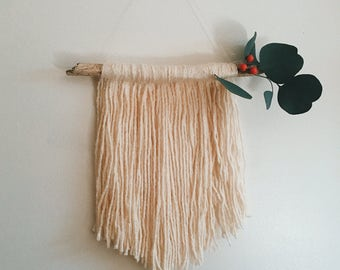 Cutesy wall hanging - red berries