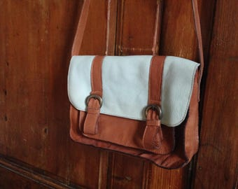 Leather strap brown bag & Mint