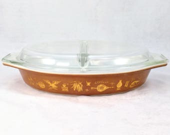 Pyrex Early American Divided Casserole, Serving Dish 1 1/2 QT, Original Lid, Excellent Condition