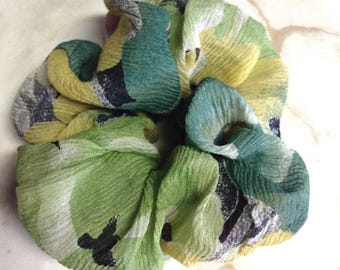 Set of two,Green organdy scrunchy and Black plaid scrunchy,Novelty fabric used,Scrunchies,Scrunchie,Hair accessories