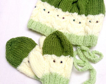 Hand knitted Baby hat and gloves set