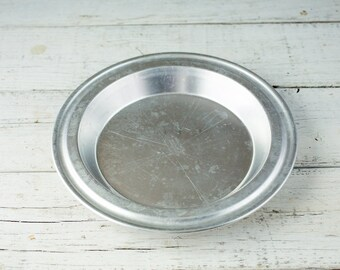 Vintage and Weathered Pie Plate/Pie Tin-Food Photography Props