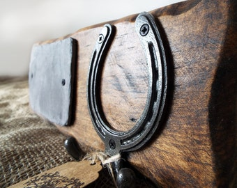 Horse / pony stable door name plaque & headcollar hook, Personalise with your horses name! Handmade in wood. Gift, present for horse lovers