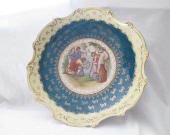 Victoria Austria circa 1800's china cabinet bowl