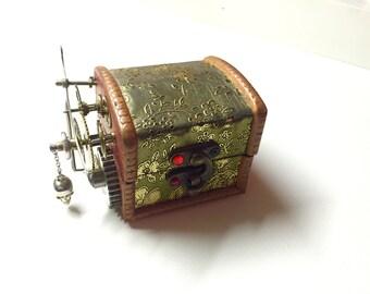 Box steampunk