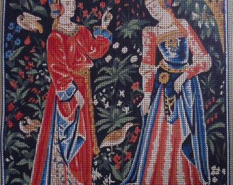 "Margot of France Tapestry Canvas with 30 Skeins of Wool ""Tapisserie De La Loire - Les Damoiselles"""