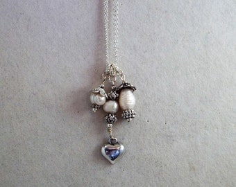 "Heart of pearls, 21"" nickel free chain"